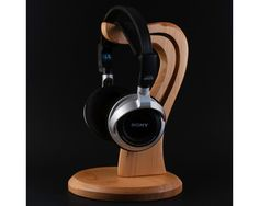 Wooden headphone stand by HollossyWoodworks on Etsy https://www.etsy.com/listing/228916290/wooden-headphone-stand