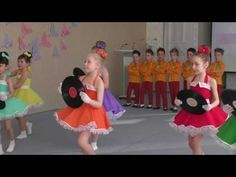 """Skok je víc než krok"" (Z pohádky do pohádky) MŠ Pod Homolkou Beroun - YouTube Samba, Bible Songs, Dancing Baby, Cartoon Faces, School Parties, Dance Videos, Physical Education, Musical, Winnie The Pooh"
