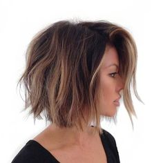 Making Balayage on some short hair can seem to be tricky. Contrasting with a long hair, the position of the precision and highlights becomes very vital. However, if done properly, there are some short styles that could hit the balayage… Continue Reading → Medium Hair Styles, Short Hair Styles, Color For Short Hair, Cute Short Hair, Short Hair Cuts For Women Bob, Hair Color Ideas For Brunettes Short, Bob Hair Color, Hair Medium, Hair Color Balayage