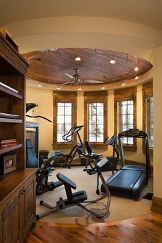 A home gym -- I would kill for one! (Well ... you know, not literally, but I would really, really like one!)