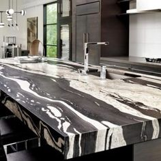 Over Granite Colors, Granite Countertops, Granite Slabs & Granite Remnants In-Stock. Get Cost for Installed Kitchen Countertops and Bathroom Countertops. Granite Kitchen, Granite Countertops, Padang, Stone Gallery, Home Decor Furniture, Terrazzo, Decoration, My Dream Home, Future House