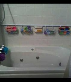 Don't have a tub, but still a great idea for Avery's toys in the shower