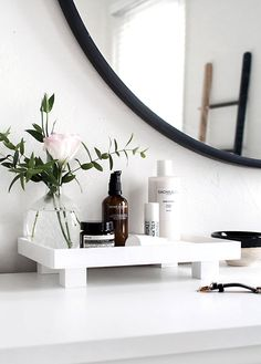 26 Cheap and Simple DIY Bathroom Ideas That Everybody Do .- 26 Cheap and easy DIY bathroom ideas that anyone can do it Yourself afterwards it Yourself Source by neuedekorclub - Bathroom Vanity Tray, Diy Bathroom, Bathroom Styling, Bathroom Ideas, Bathroom Renovations, Bathroom Plants, Bathroom Lighting, Diy Vanity, Bathroom Organization