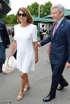 Carole Middleton keeps with Wimbledon dress code in chic white dress Carole Middleton, Kate Middleton Family, Wimbledon Dress Code, Dresses For Wimbledon, Pippas Wedding, Pippa And James, White Tunic Dress, Dresscode, Signature Style