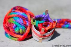 really excellent tutorial on spool knitting (very similar to fingerknitting, great fun for kids) starting with paper tube and other household materials!