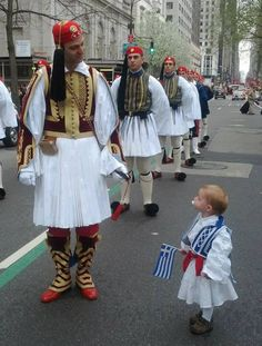 Greek Independence Day Parade in Avenue, NYC ~ March 2014 Greek Independence, Independence Day Parade, Mykonos, Greek Blue, Foto Poster, Greek History, Greek Culture, Folk Costume, Ancient Greece