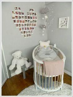 Habitación bebé decoración corazón de fotos en la pared
