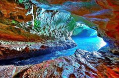 Discover Israel - Rosh HaNikra Grottoes  Rosh HaNikra grottoes is a geologic formation in Israel, located on the coast of the Mediterranean Sea, in the Western Galilee. It is a white chalk cliff face which opens up into spectacular grottos.