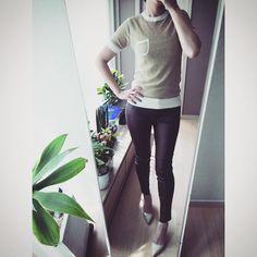 # 아직은 가죽바지 입을만 하네요?! . Wearing brown leather pants . . . . #ootd #daily #dailylook #fashion #옷스타그램 #셀스타그램 #셀피 #selfie #미러샷 #거울샷 #데일리룩 #패션 #강남 #스타일 #gangnam #style #줌마그램 #줌스타그램 #korea #일상 #자라 #zara #조셉 #joseph #팔로우 #follow #me #instasize #instadaily #인스타사이즈