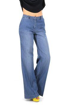 Michael Kors - Pantaloni - Abbigliamento - Pantaloni in tessuto simil jeans con tasche laterali ea a filetto sul retro. Gamba ampia.La nostra modella indossa la taglia /EU XS. - VERUSCHKA - € 175.00
