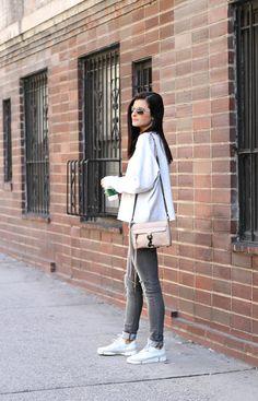 Sneak Attack | #Clarks Trigenic Flex sneakers, grey skinny jeans, oversized  sweater,