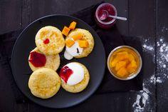 Crumpets – angielskie muffiny prosto z patelni. Zaproszenie do konkursu kulinarnego Floriny!