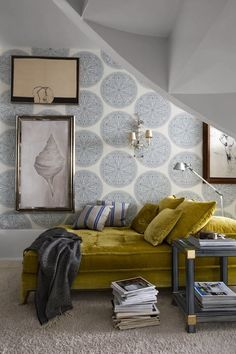 Inspiring now -Blue Tones in Home and Fashion