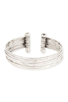 Silver Hammered Cuff. Love it, cause I have one almost like that and fits with a lot outfits.