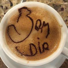 Frio  chuva  café!!!  fora a dor no pino da perna está tudo certo. Haha. Bom dia. #teamvictorlima by personalvictor