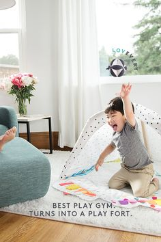 Designed by child development experts, this award-winning play mat includes everything you need for your baby's first year of play and development. Baby Play, Baby Kids, Baby Activity Gym, Gadget, Nikki Baby, Best Baby Gifts, Play Gym, Cute Little Boys, Infant Activities