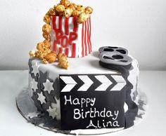 Cinema cake with caramel pop corns