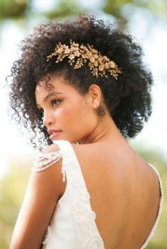 Gorgeous look for bridal hair Natural Hair Wedding, Natural Wedding Hairstyles, Curly Wedding Hair, Bridal Hair, Hairstyle Wedding, Mixed Curly Hair, Black Curly Hair, Curly Hair Care, Long Hair