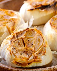 """30. Microwave """"Roasted"""" Garlic #healthy #quick #recipes https://greatist.com/health/surprising-healthy-microwave-recipes"""