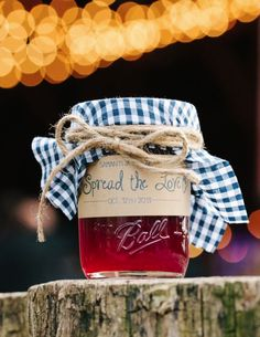 Featured Photographer: Jenelle Kappe Photography; wedding favor idea