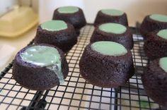 Chocolate Cauldron Cakes