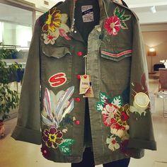 """In Sachen """"Coolness"""" nicht zu übertreffen#historyrepeatsclothing #femmebymichelerossi #osnabrück #osnabrückstyle #handmade #fashion #holthaus #fashionkompass #ss17 #habenwollen via ✨ @padgram ✨(http://dl.padgram.com)"""