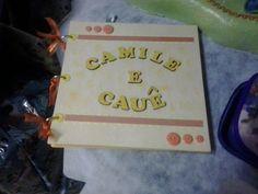 papel holler <br>10 pagias decoradas em scrapbook <br>fohas para convidados assinarem <br>caixa para guardar os albuns + 40,00 <br> <br>para aniversarios , cha de bebe, casamentos e etc,,,