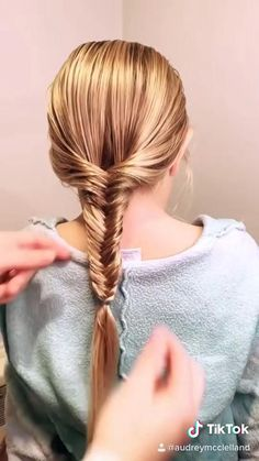 Easy Little Girl Hairstyles, Pretty Hairstyles, Braided Hairstyles, Kids Hairstyle, Toddler Hairstyles, Baby Girl Hairstyles, Hairdos, Easy Fishtail Braid, Hair Styles Fishtail