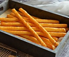 Isteni bögrés házi sajtos ropi Savory Pastry, Crunches, Sweet And Salty, Winter Food, Appetizers For Party, Cakes And More, Diy Food, Food To Make, Food And Drink