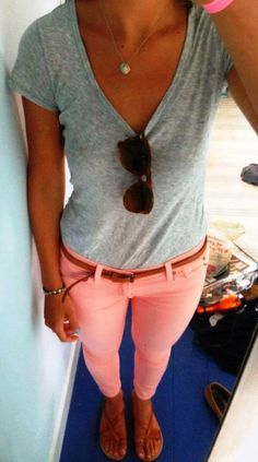 For that casual day out and still is cute! Pink jeans bring that pop of color!