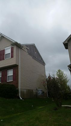 Roofs weren't the only things homeowners had damaged during the storm we had in the area. Be sure to have your siding and windows checked. Give our office at call for your FREE inspection. 937.318.9572 #DCandR #DependabilityFirst #ResidentialRoofing