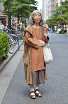 【 L'idéal 】 Chiyo Inada Japanese Street Fashion, Tokyo Fashion, Harajuku Fashion, Fashion Outfits, India Fashion, Hipster Grunge, Grunge Goth, Street Style Vintage, Looks Style