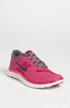 (16) Nike  Free 4.0 V2  Running Shoe (Women)  c2caea04c
