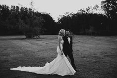 REAL WEDDING | SNEEK PEAK… A little preview of the incredible gown worn by Maiden Sydney blogger Brooke Testoni on her wedding day / Photography by Justin Aaron/ (instagram @the_lane)