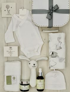Premmie Baby Hamper - includes only the very best Australian brands to make sure the little baby is well looked after and comfortable. Baby Gift Hampers, Baby Hamper, Baby Baskets, Linen Company, Nappy Change, Cradle Cap, Small Baby, Massage Oil