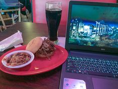 Working a little bit late tonight at the Big Catz BBQ in Knoxville, Illinois. Click and Visit their website.