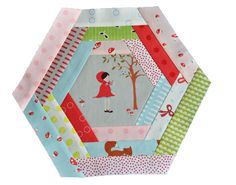 cute hex log cabin tutorial. Love the fabric, Walk in the Woods by Moda fabrics.