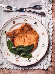 COTOLETTA ALLA MILANESE (Lombardia), a simple but tasty dish from Milan #italian #food #Italy