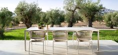 Illum outdoor dining table with ctr armchairs Outdoor Rooms, Outdoor Dining, Outdoor Tables, Dining Table, Outdoor Decor, Dining Chairs, Lounge Chairs, Garden Chairs, Garden Furniture
