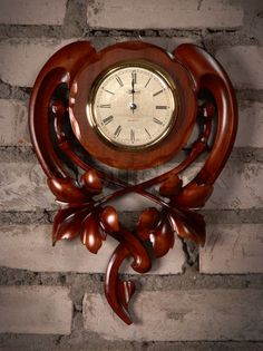Unique Old Wooden Clock Design And Ideas Wood Clocks, Antique Clocks, Vintage Clocks, Outside House Decor, Woodworking In An Apartment, Vintage Chest Of Drawers, Wall Clock Online, Unique House Design, Wall Clock Design