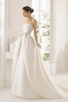2015 Strapless A Line Wedding Dress Satin With Detachable Skirt USD 189.99 EPPC9BE6C9 - ElleProm.com