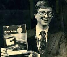 Yo fuí a EGB.Recuerdos de los años 60 y 70.Bill Gates y Steve Jobs.Microsoft y Apple en la década de los 70.|yofuiaegb Yo fuí a EGB. Recuerdos de los años 60 y 70. Bill Gates Steve Jobs, Steve Wozniak, Apple Ii, People, Microsoft, Fictional Characters, Famous Phrases, Computers, Infancy