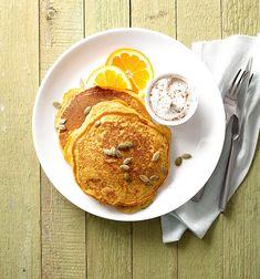 Pumpkin Pancakes Yummy Pancake Recipe, Tasty Pancakes, Homemade Pancakes, Pumpkin Pancakes, Pancakes And Waffles, Pumpkin Foods, Pancake Recipes, Fluffy Pancakes, Healthy Pumpkin