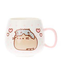 Pusheen mug claires. Gato Pusheen, Pusheen Cute, Pusheen Stuff, Pusheen Plush, Cat Lover Gifts, Cat Lovers, Pusheen Stormy, Disney Coffee Mugs, Cat Merchandise