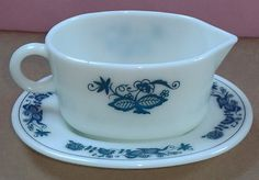 Pyrex Corning Corelle Old Town Blue Onion by BirdsVintageMedley, $17.99