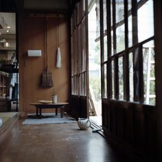 I love these sliding doors - very Japanese feel to them