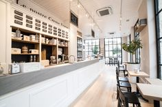 Gelateria Romana Roma via Ostiense the taste of ice cream in your town Restaurant Design, Restaurant Bar, Crepe Bar, Best Cities In Europe, Cafe Counter, Gelato Shop, Order Food Online, Around The World In 80 Days, Places In Italy