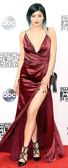 Kylie Jenner: 2014 American Music Awards // I'd LOVE to get a dress like this for prom