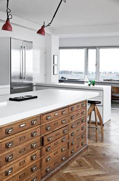 Gorgeous 80 Modern Mid Century Kitchen Island Design Ideas https://wholiving.com/80-modern-mid-century-kitchen-island-design-ideas