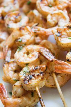 shrimp marinade, grilled shrimp, grilling, lime, l Pork Rib Recipes, Grilling Recipes, Fish Recipes, Seafood Recipes, Cooking Recipes, Healthy Recipes, Shrimp Kabob Recipes, Grilling Ideas, Shrimp Appetizers